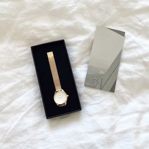 Nacre gold watch